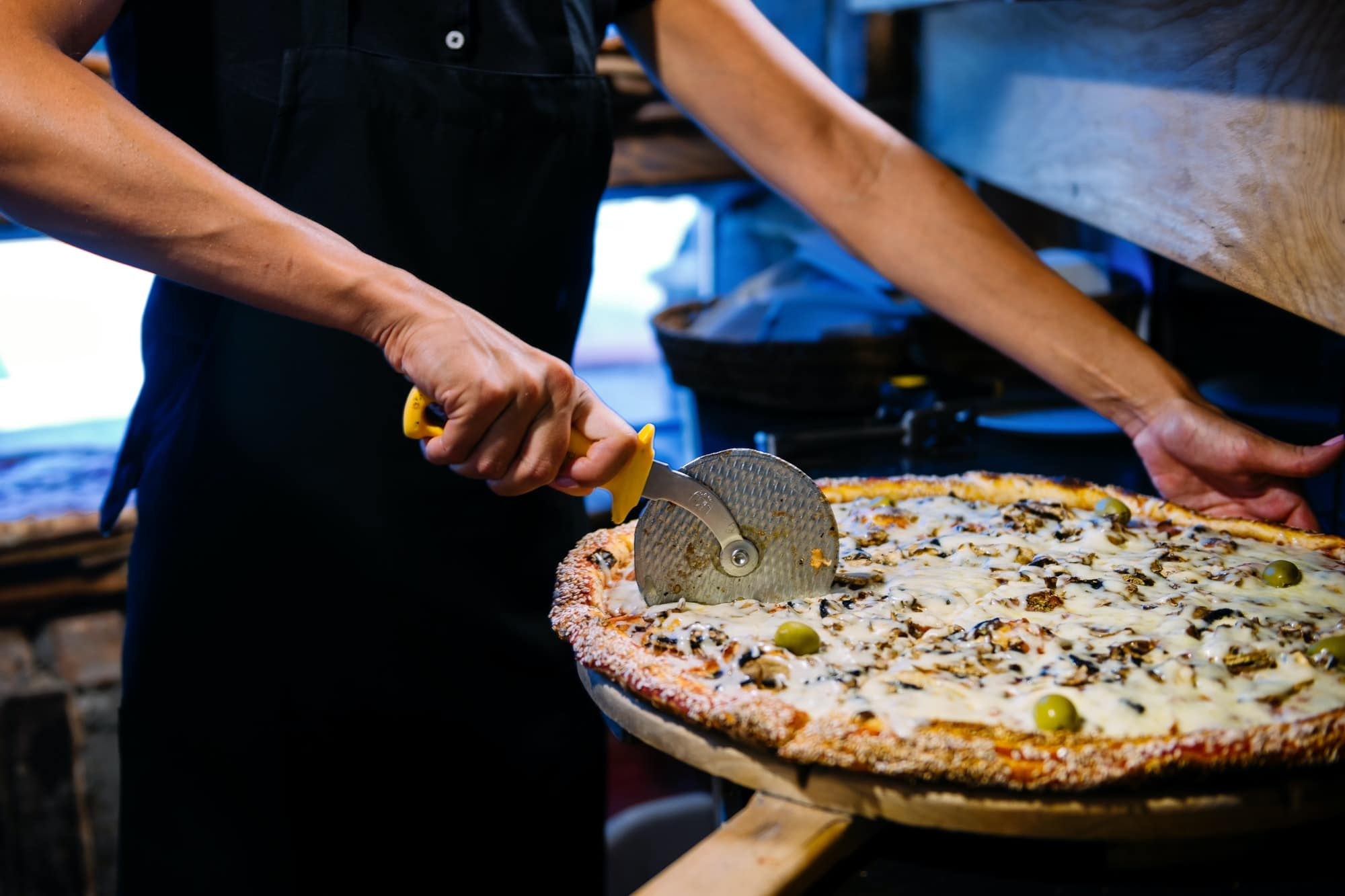 Payroll for Pizza Hut Franchisee